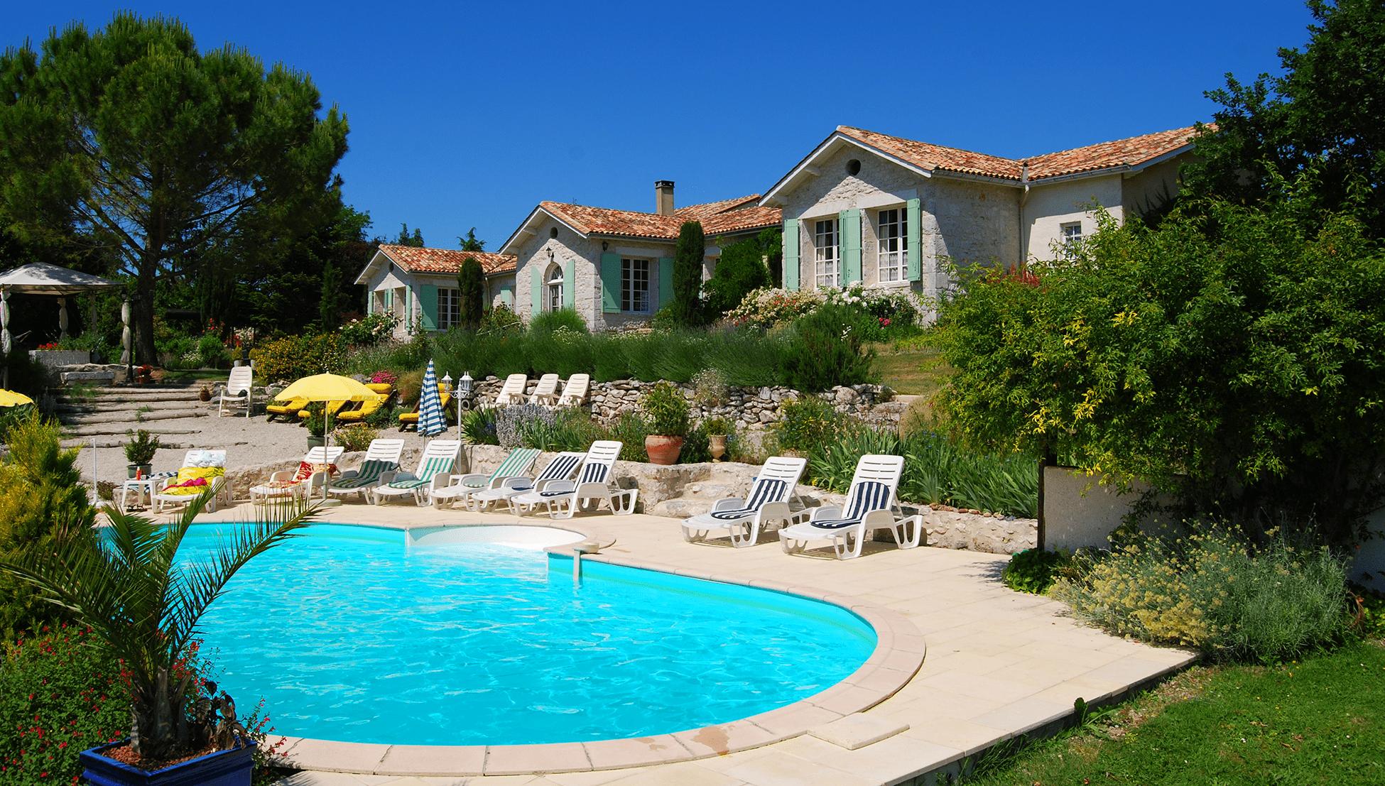 gîte-dordogne-piscine