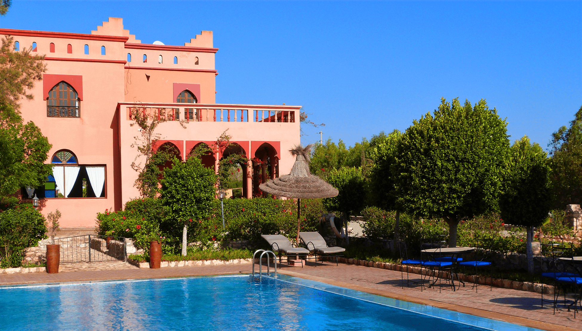 piscine-transats-essaouira